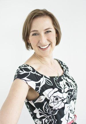 Kelsie Van Roon Headshot